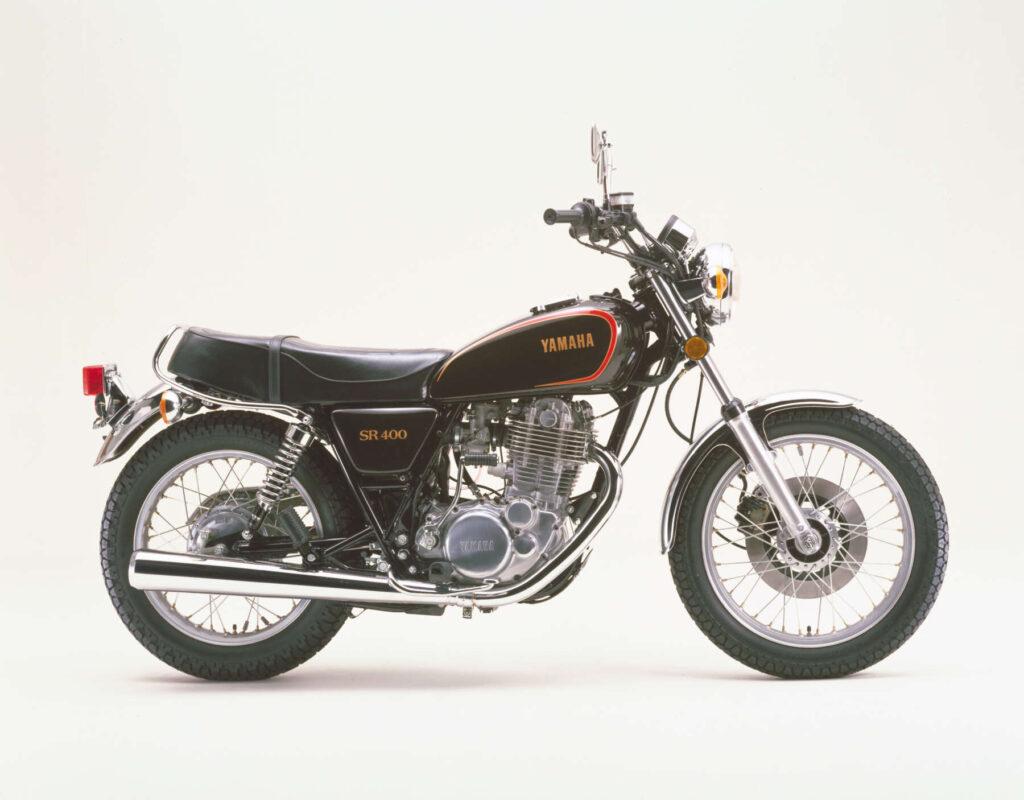 1982 SR400