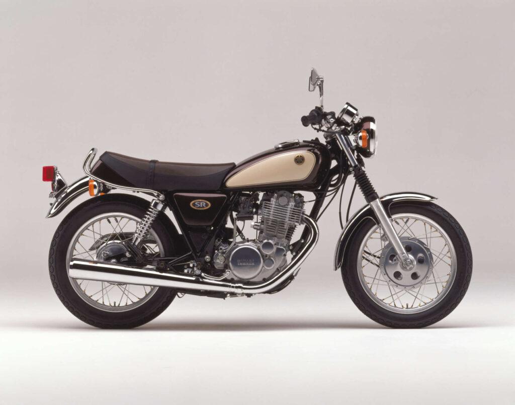 1992 SR400S