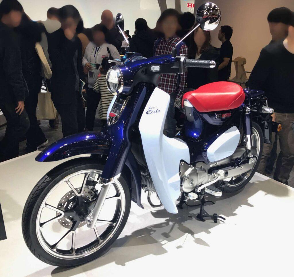 東京モータショー2017でのスーパーカブC125