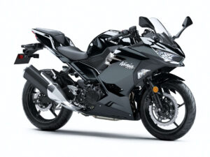 Ninja400 ブラック 人気