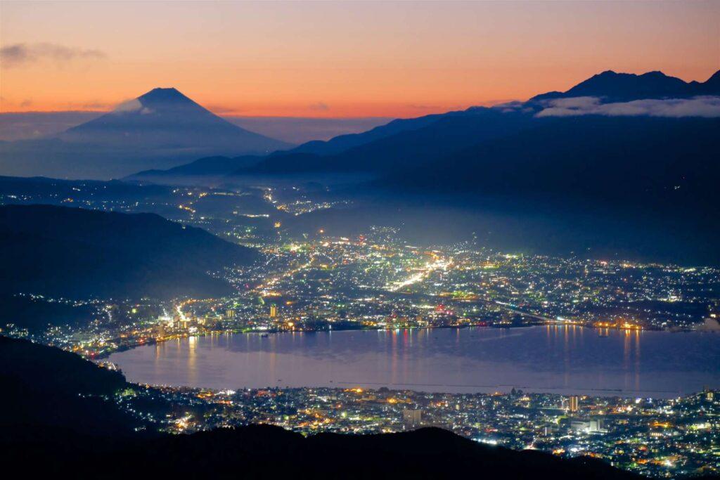 高ボッチからの諏訪湖と富士